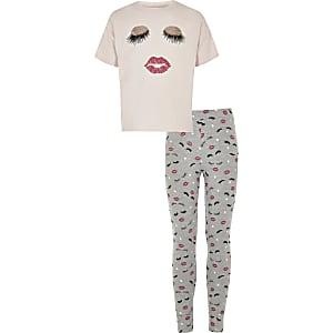 Roze pyjamaset met wimper- en lipprint voor meisjes
