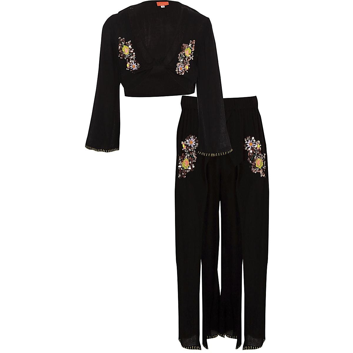 Girls black sequin crop top beach outfit