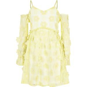 Gelbes, geblümtes Kleid mit Schulterausschnitten