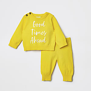 Gele pulloveroutfit met 'Good times ahead'-print voor baby's
