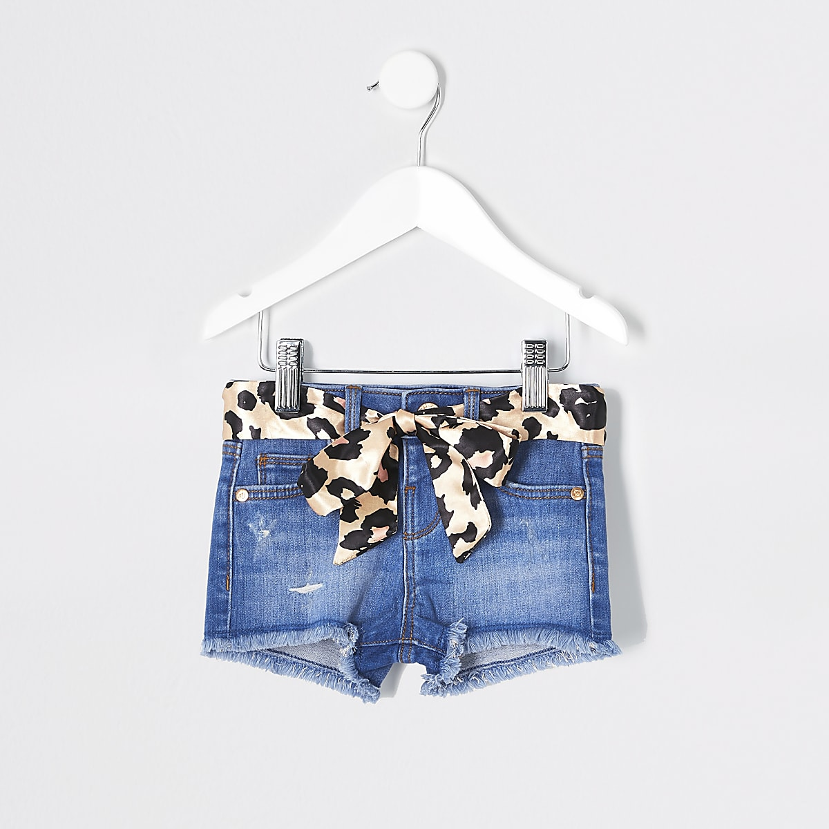 Mini girls blue leopard belted denim shorts