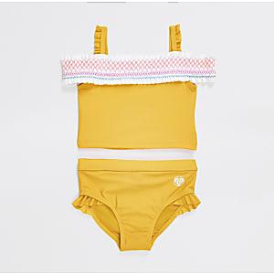 Mini - Gele gesmokte bikiniset in bardotstijl voor meisjes