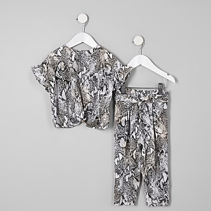 Mini girls grey snake print T-shirt outfit