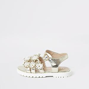 Weiße, geblümte Sandalen