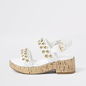 Weiße, klobige Kork-Sandalen