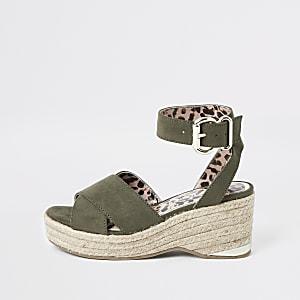 Kaki schoenen met sleehak en luipaardprint