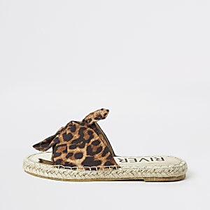 Girls brown leopard print espadrille sliders
