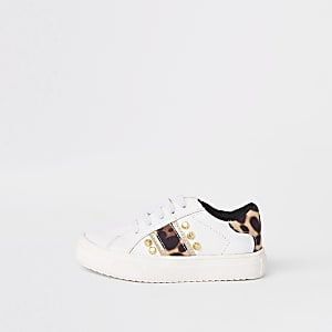 Mini girls white leopard studded plimsolls