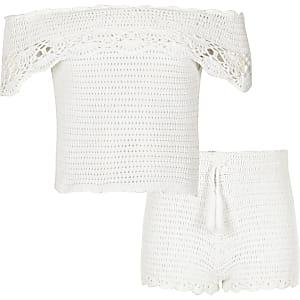 Witte gehaakte bardotoutfit voor meisjes
