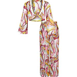 Outfit met gele crop top met print voor meisjes