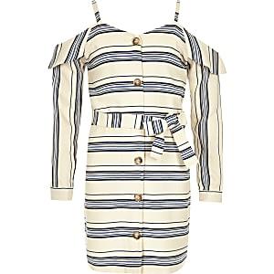Marineblaues Kleid mit Schulterausschnitten