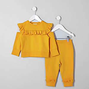 Mini girls yellow sweatshirt outfit