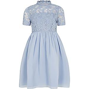 Chi Chi – Robe en dentelle à fleurs bleue pour fille