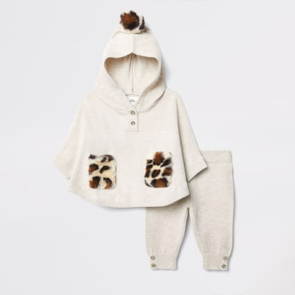 Baby cream knitted poncho baby outfit