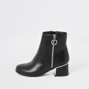 Girls black block heel boot