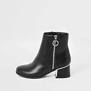 Girls black block heel boot