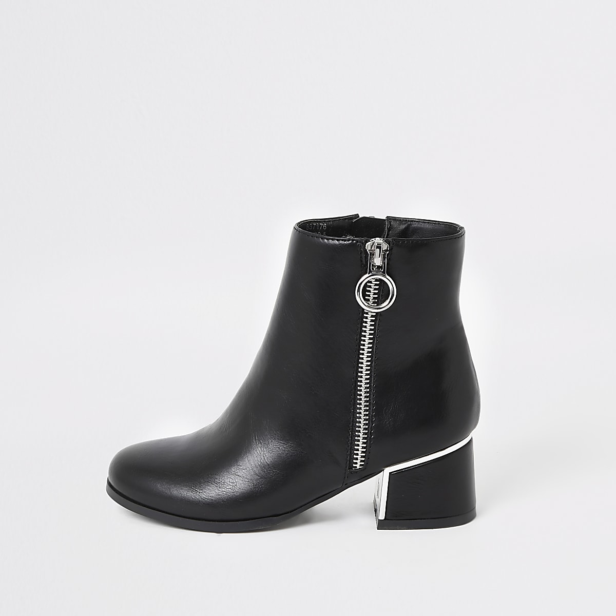 e0d8a2cb1d4 Girls black block heel boot