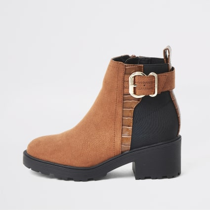Girls brown buckle heeled boots