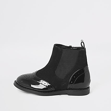 Mini girls black patent brogue flat boot