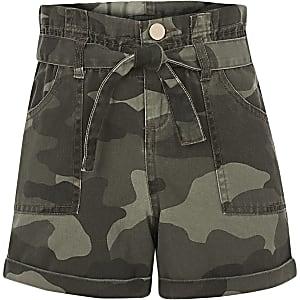 Kaki short met camouflageprint en geplooide taille voor meisjes