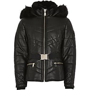 Zwarte gewatteerde jas met riem en capuchon met imitatiebont