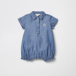 Barboteuse en denim bleue pour bébé