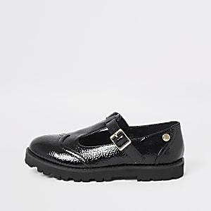 Chaussures vernies noires à semelles épaisses pour fille