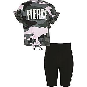Outfit met kaki T-shirt met camouflageprint en short voor meisjes