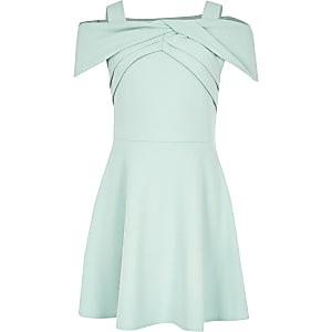 Grünes Skater-Kleid mit Schleife
