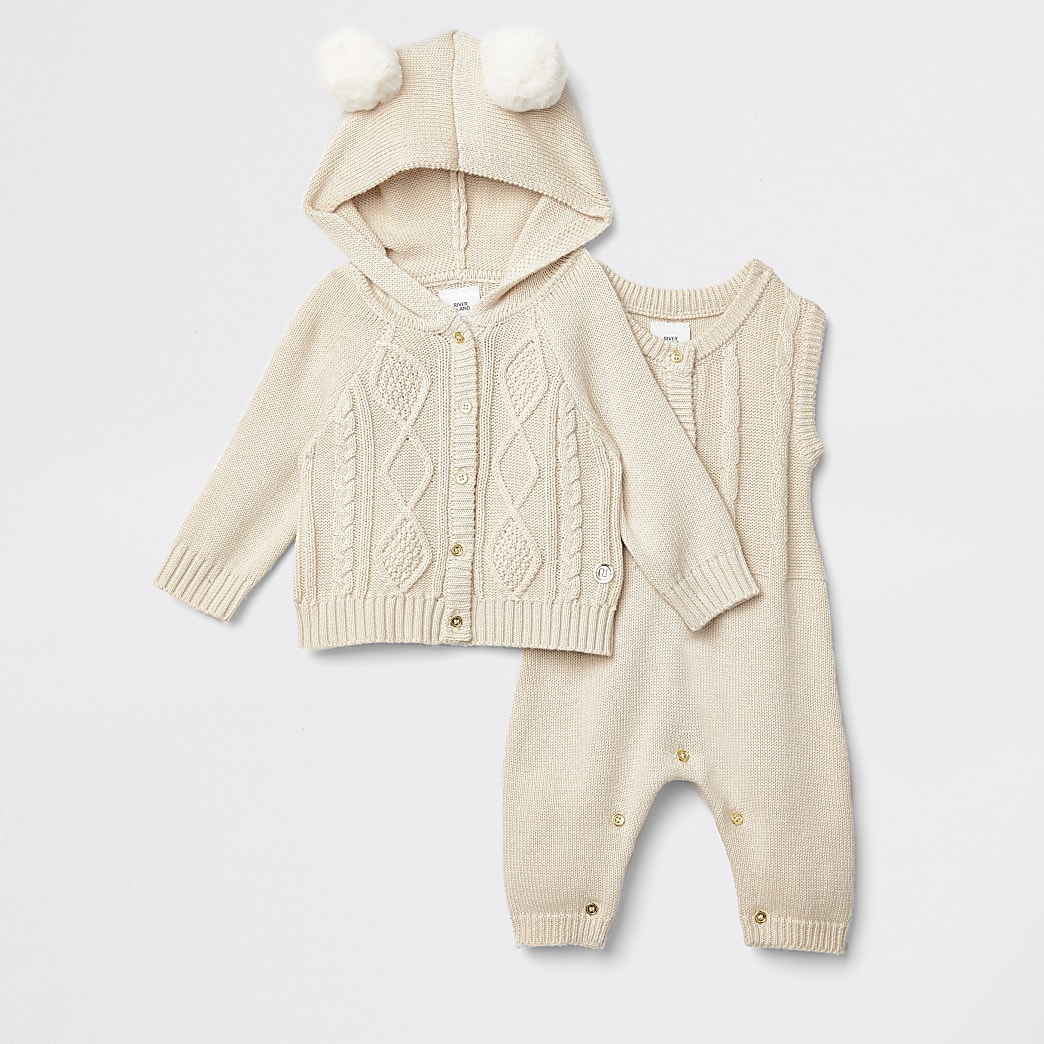 Baby light beige knitted cardigan outfit