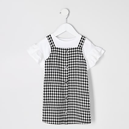 Mini girls black gingham pinafore outfit