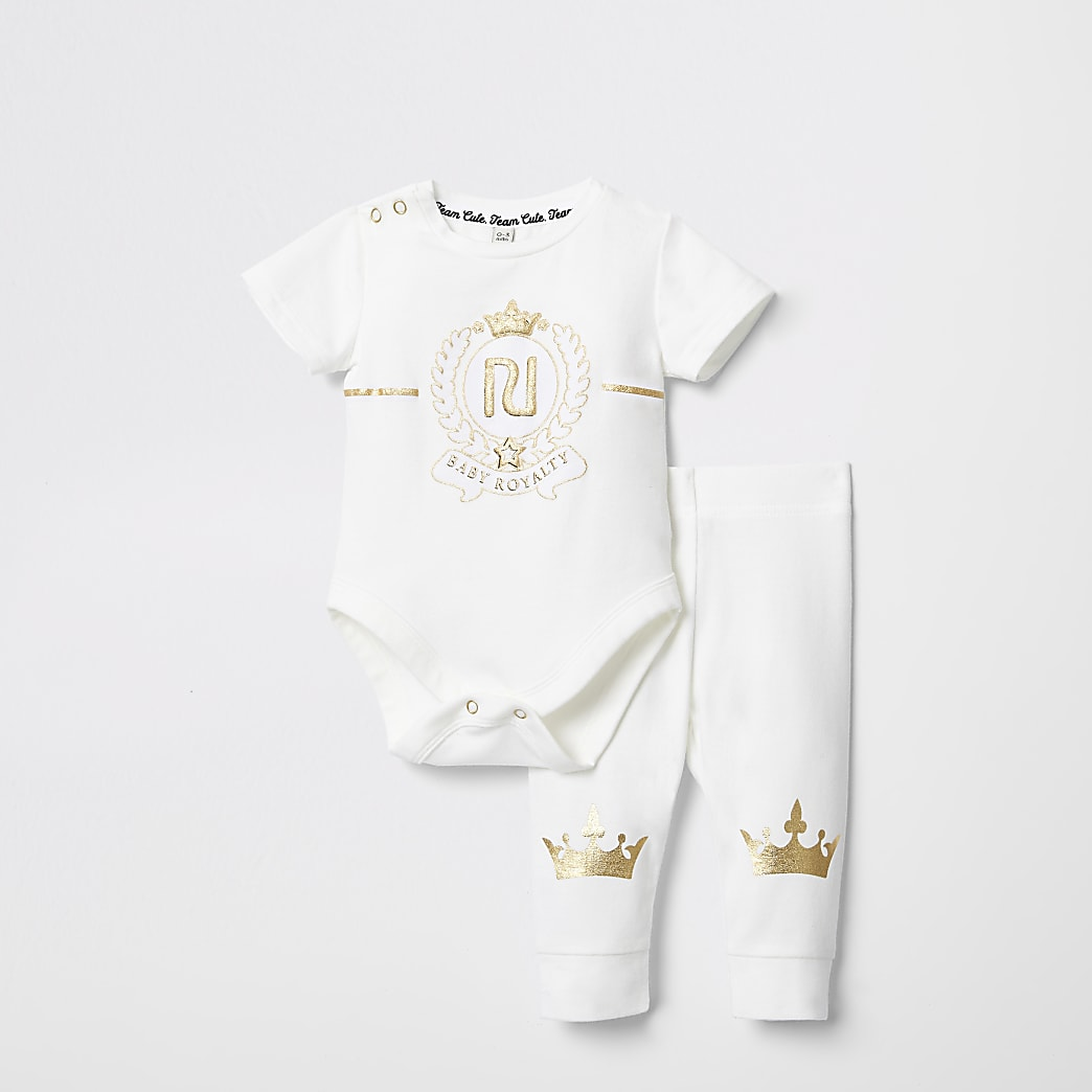Baby cream 'royalty' bodysuit leggings outfit