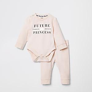 Outfit met roze rompertje en 'Future princess'-print voor baby's