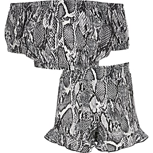 Girls grey snake print bardot top outfit