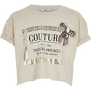 Hellbraunes T-Shirt