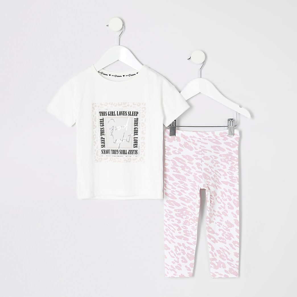 Mini - Pyjamaset met 'girl loves sleep'-tekst voor meisjes
