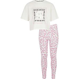Pyjamaset met 'this girl loves sleep'-tekst voor meisjes