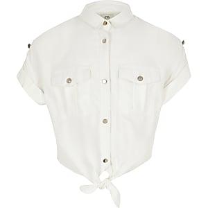 Wit cropped utility-overhemd met gestrikte voorkant