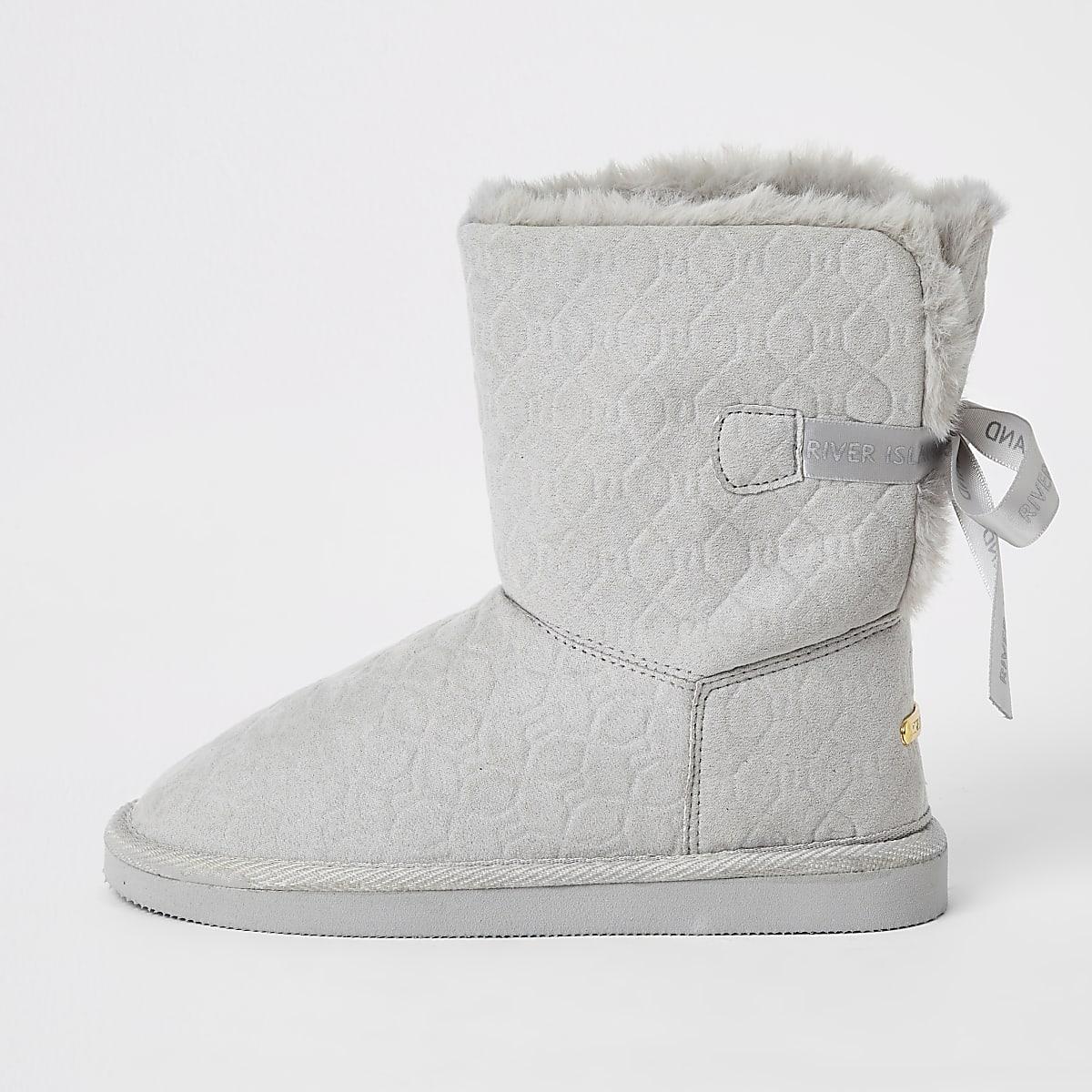 Girls grey RI embossed faux fur boots