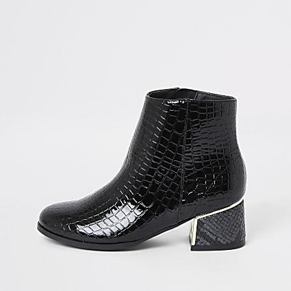 Girls black patent snake print boots