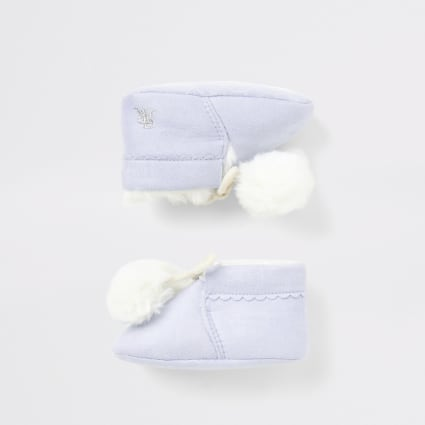 Baby blue faux fur pom pom booties