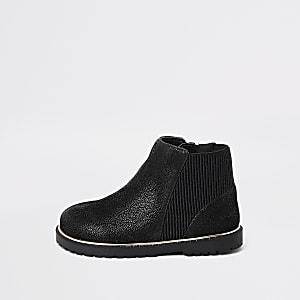 Schwarze Stiefel für kleine Mädchen