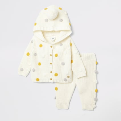 Baby cream knit hooded cardigan outfit