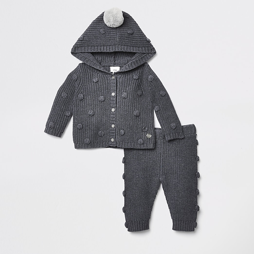 Baby grey knit hooded cardigan outfit