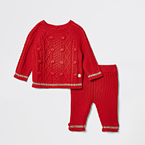Rode gebreide pullover outfit voor baby's
