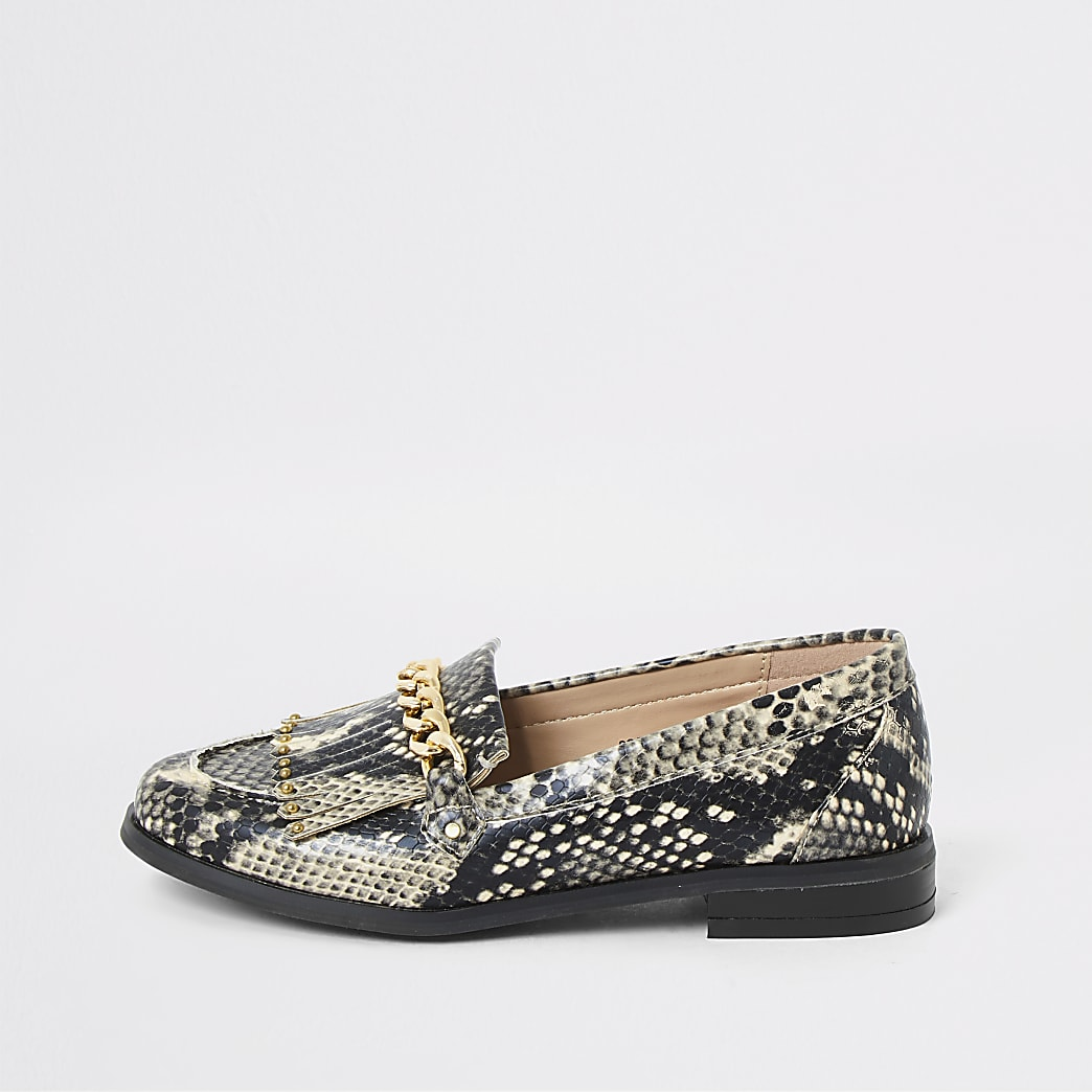 Girls snake print snaffle chain loafers