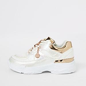 Weiß schillernde Sneaker mit dicker Sohle für Mädchen