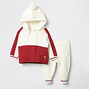 Strickjacken-Outfit für Babys in roten Blockfarben