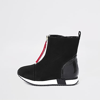 Mini girls black zip front high top trainers