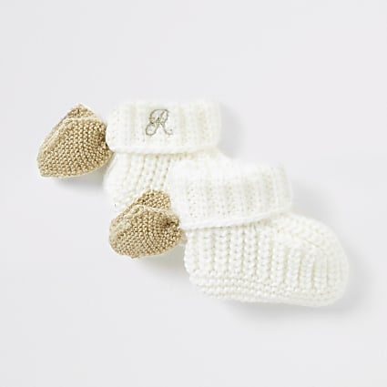Baby cream angel wing sock booties